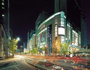 wes1064wn-83174-Lotte Department Store Photo by Korea Tourism Organization